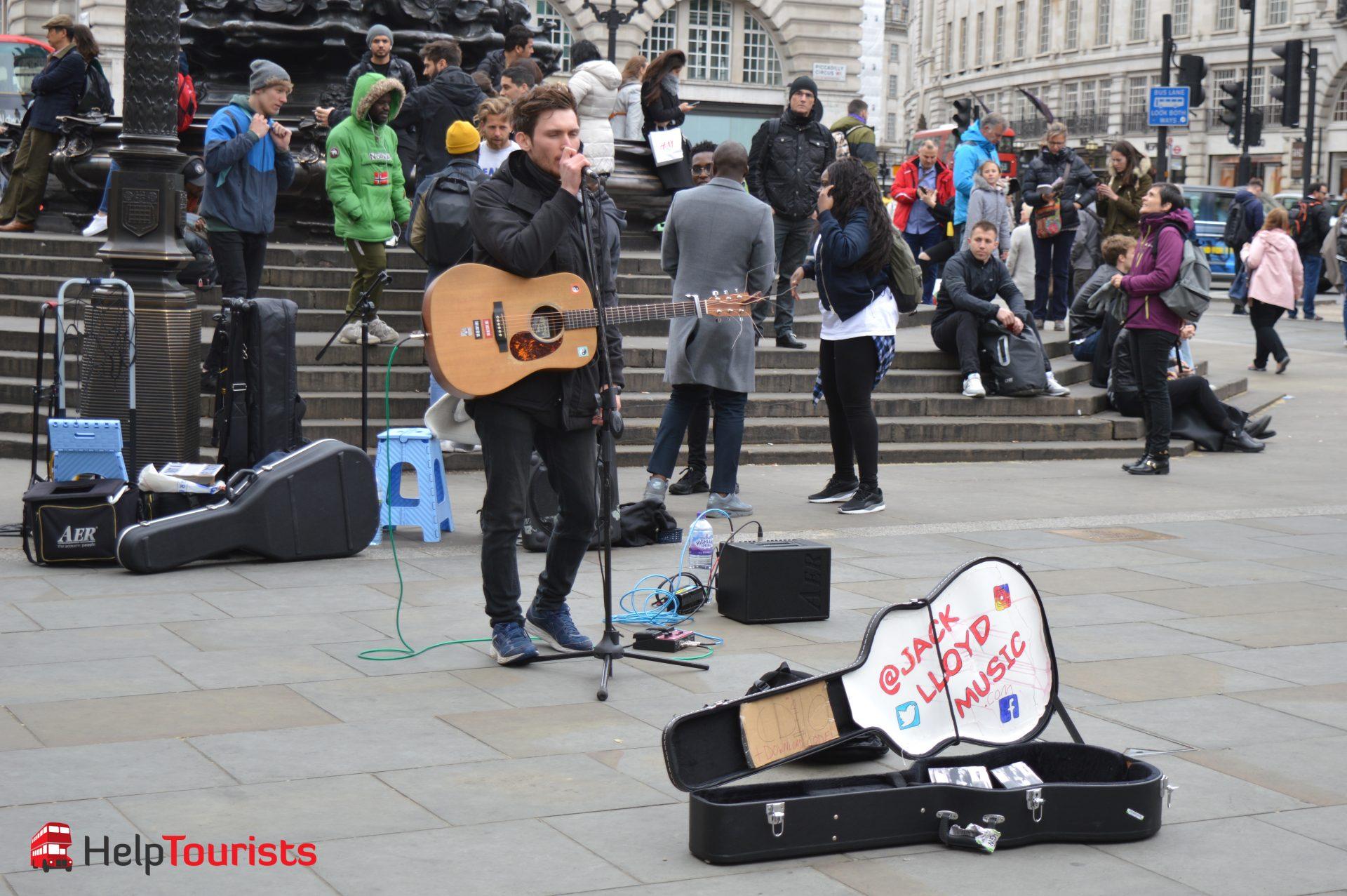 Straßenkünstler Piccadilly Circus London