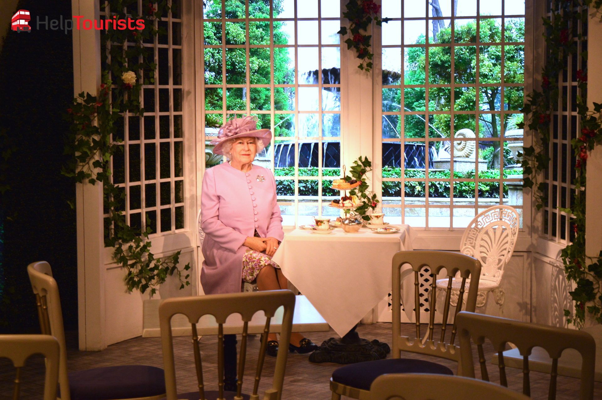 madame Tussaud's London Tea time mit der Queen